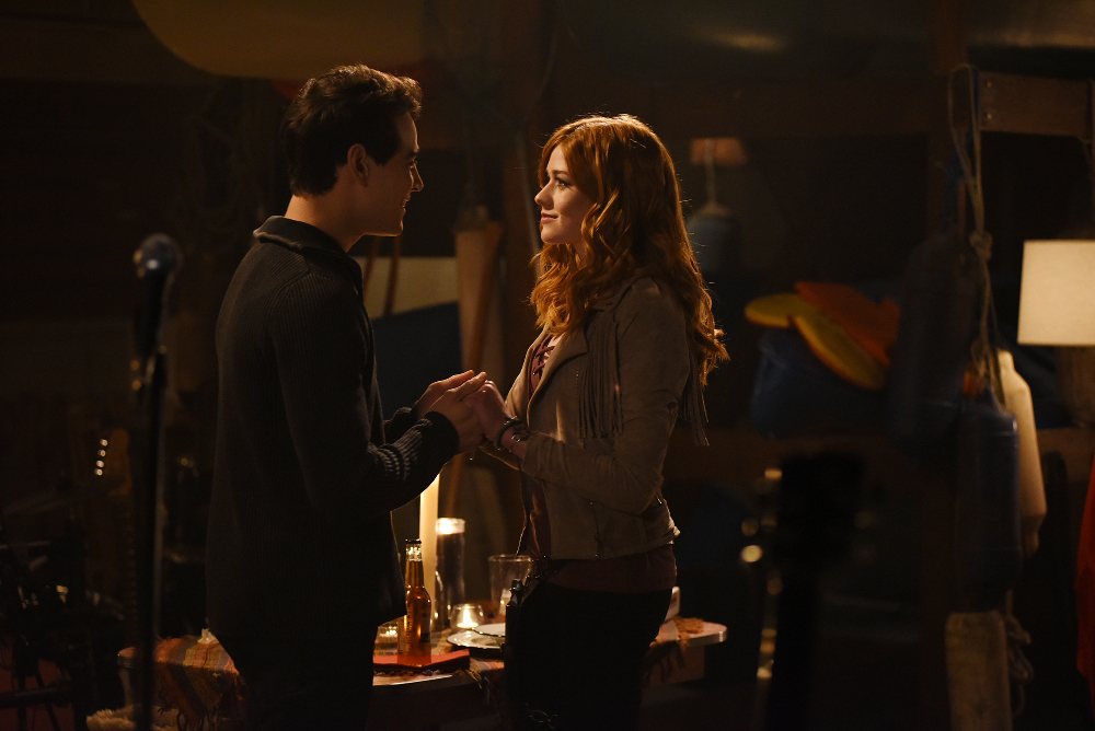 "Shadowhunters: Highlights from 2×11 ""Mea Maxima Culpa"""